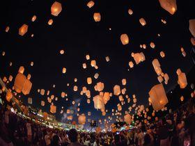 和歌山初開催!「和歌山スカイランタンフェス」で夜空にランタンを