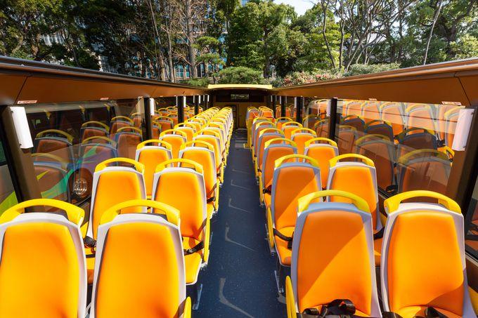 オープントップバスとは