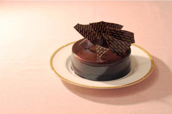 リーガロイヤルホテル東京のバレンタインケーキ