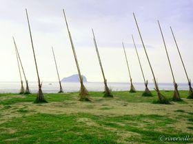 海に巨大ホウキ!?「潮境公園」は台湾・基隆の絶景穴場スポット