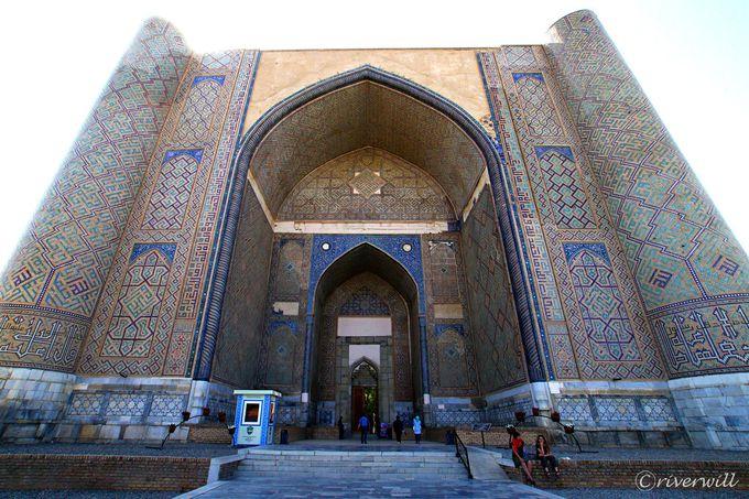 サマルカンドブルー「青の都」を象徴する主なイスラム建築群