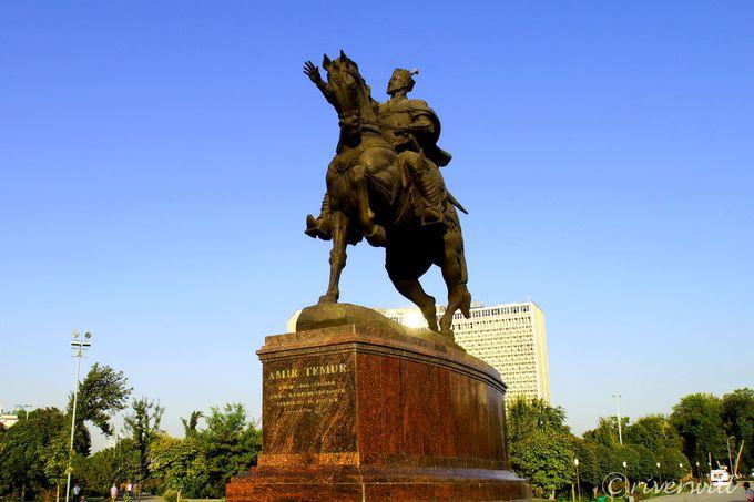 ウズベキスタン最大の観光都市、「青の都」サマルカンドとは