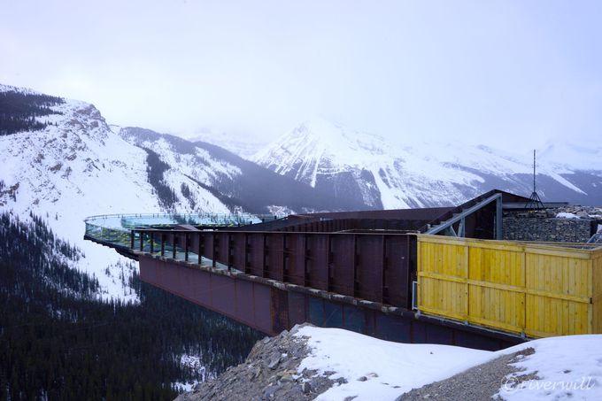アイスフィールド・パークウェイ最大の目玉「コロンビア大氷原」