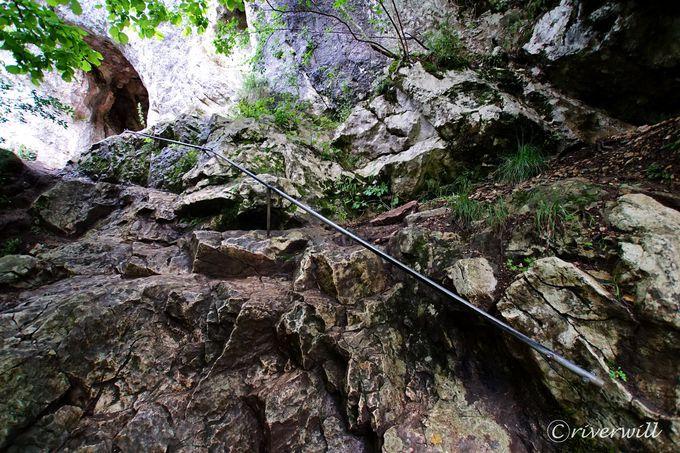 哀しい伝説が眠るビガーの洞窟