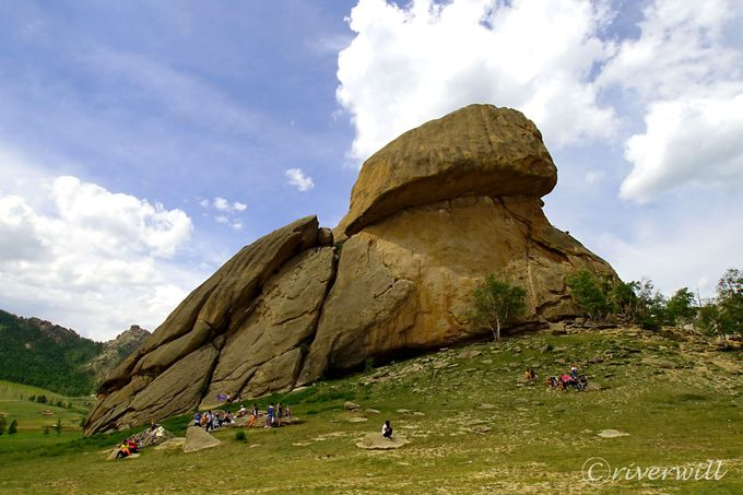 テレルジ国立公園のシンボル・亀岩