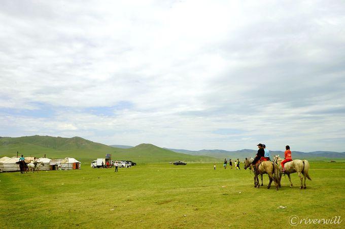 モンゴル屈指の絶景避暑地・テレルジ国立公園