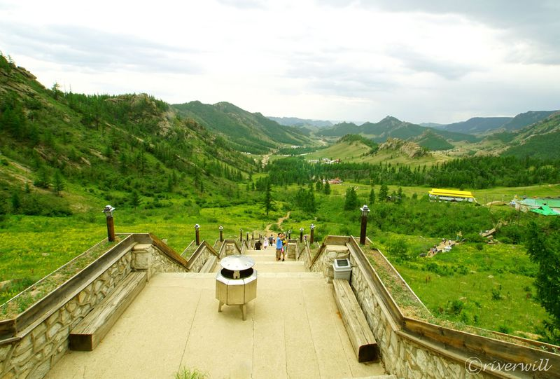 ヨーロピアンな絶景も?モンゴル屈指の避暑地「テレルジ国立公園」