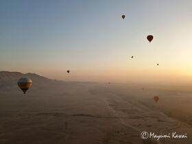 朝日に染まる王家の谷と悠久のナイル!ルクソール絶景気球ツアー