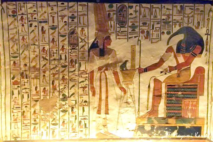 圧巻!3250年の時を超えたネフェルタリの壁画