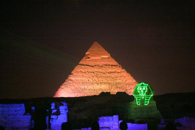 古代と現代が融合したエンターテイメント「音と光のショー」