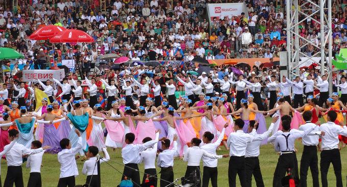 モンゴル最大の祭典「ナーダム」とは