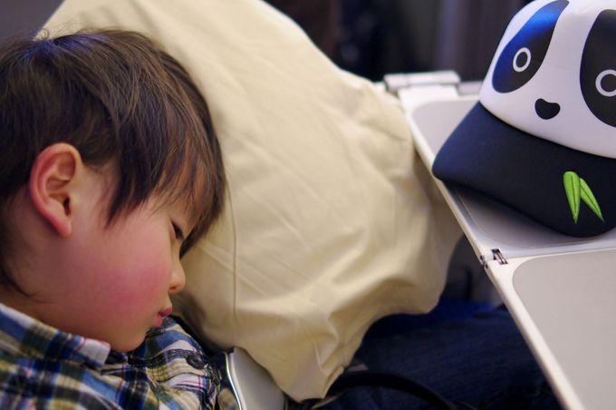 赤ちゃん(幼児)は一般航空会社・LCCともに無料
