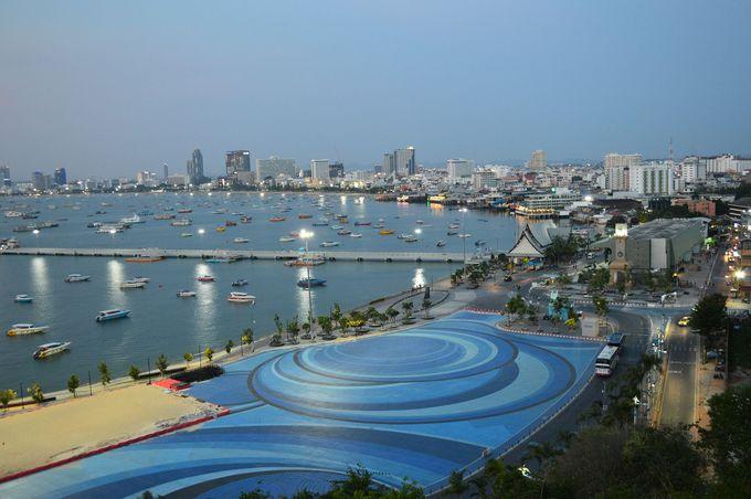東京からパタヤ観光の拠点バンコクまでの直行便はある?