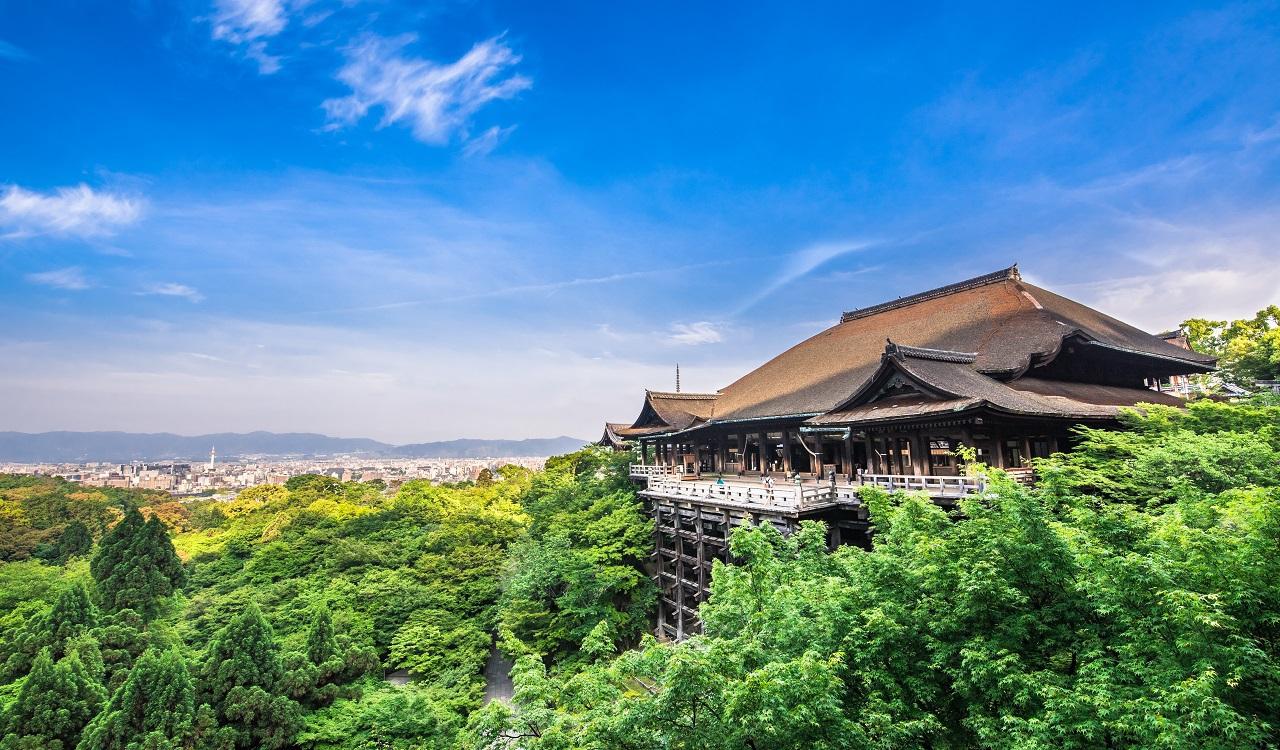 京都へのアクセス、現地での主な交通手段は?