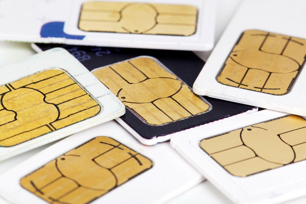 方法3:現地のプリペイド式SIMを購入する