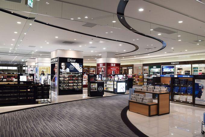 第2ターミナルビル(国際線)では国内初のウォークスルー型免税店でお買い物