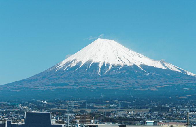東海道新幹線は富士山側?海側?