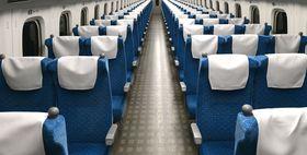 新幹線の座席どこがおすすめ?窓側・通路側以外にここもチェック!