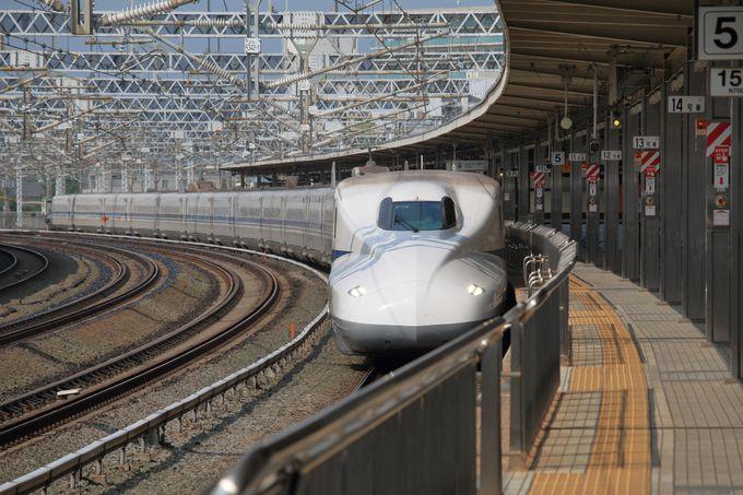 新幹線の自由席とは?指定席との違いは?