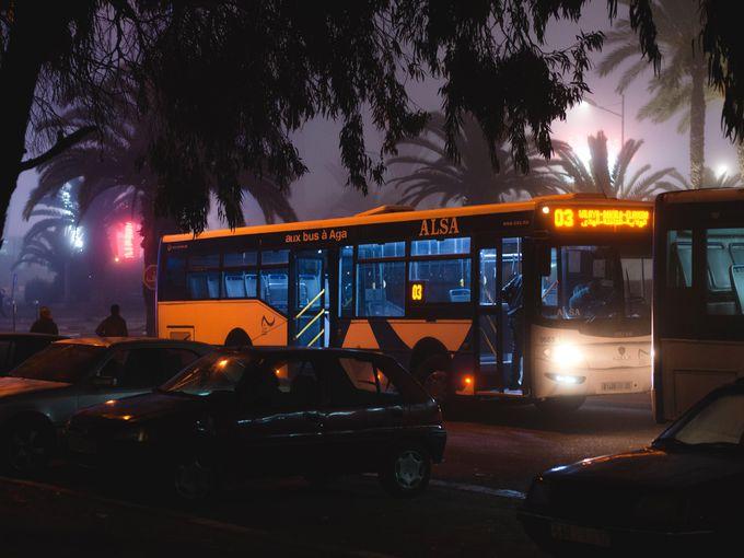モロッコの移動手段:バス
