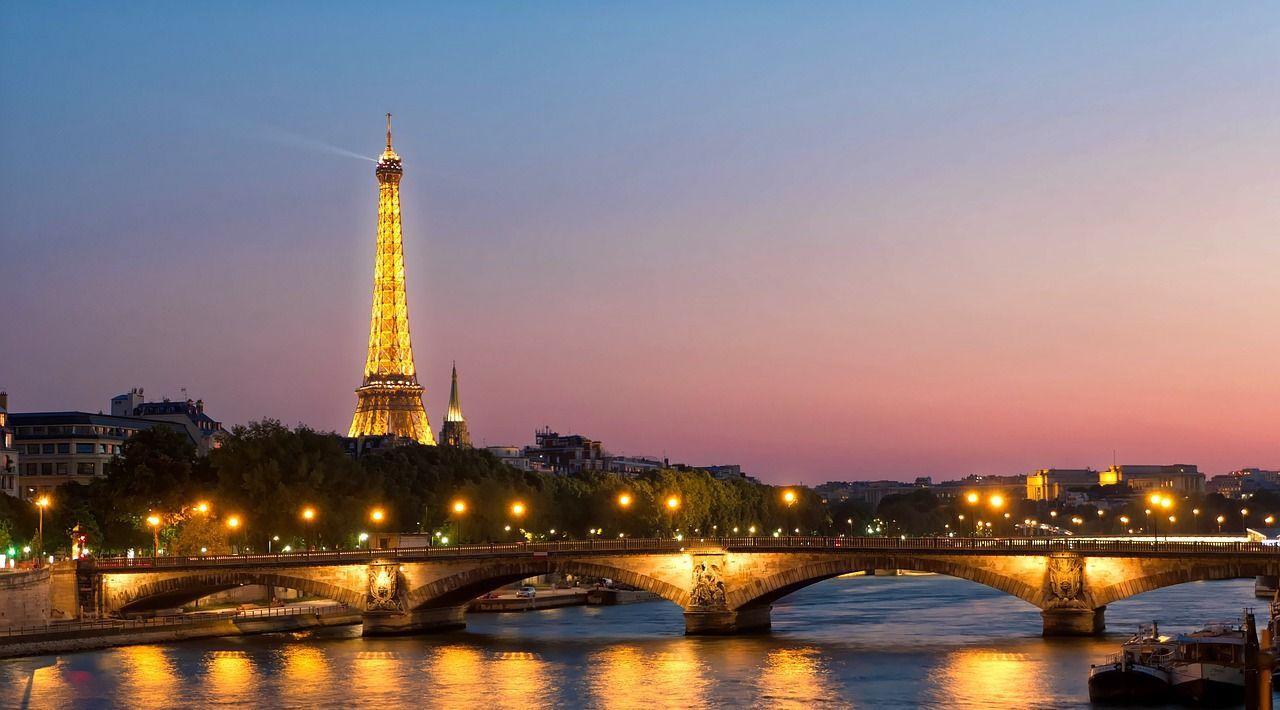 ヨーロッパ学生旅行&卒業旅行 ~格安ツアーの上手な選び方~ | line