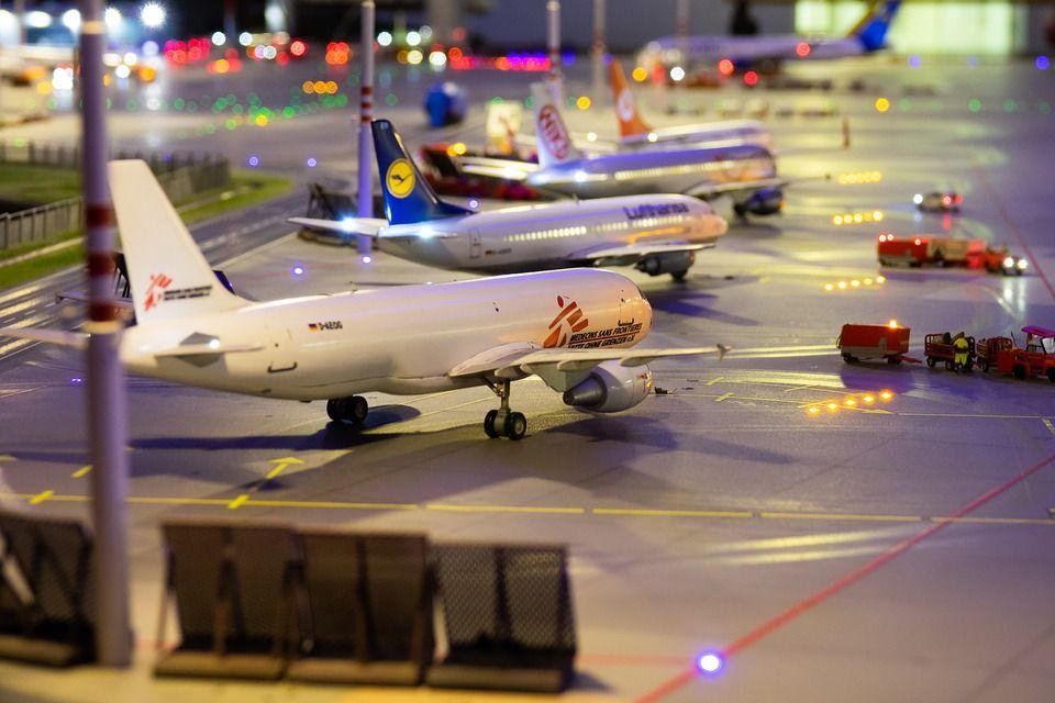 「リコンファーム」が必要な航空会社はどこ?