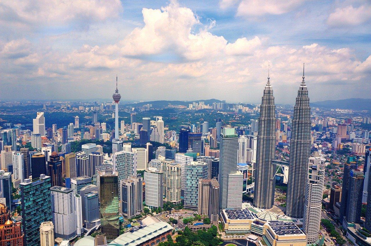 マレーシア旅行をお得に楽しむには