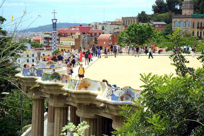 バルセロナの主要な観光エリア、宿泊施設の特徴