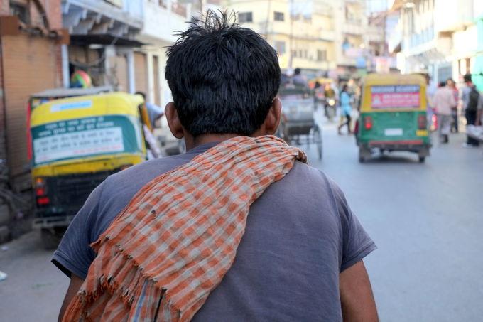 インドの移動手段:リキシャ