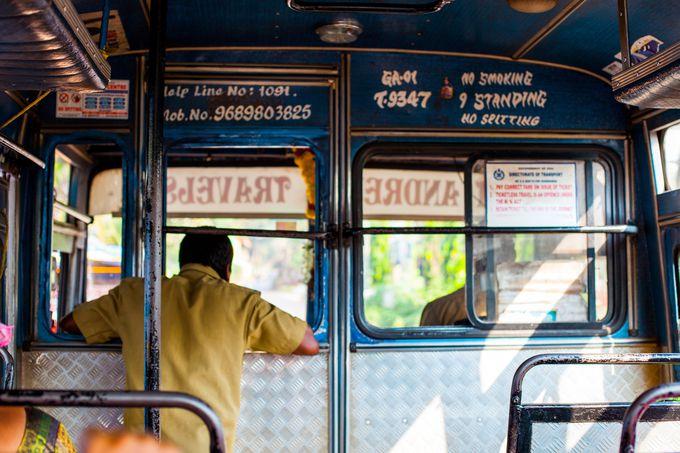 インドの移動手段:バス