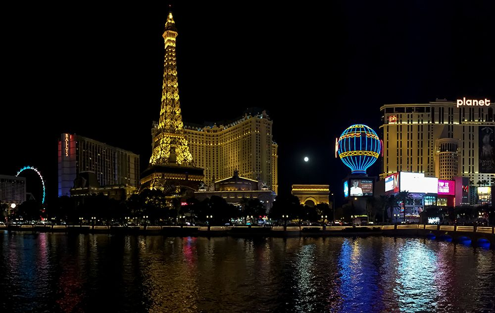 ラスベガス旅行の予算は?気になる旅費・宿泊費からカジノの費用まで