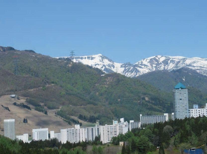 1.フェス会場の苗場スキー場至近、高級リゾートマンション