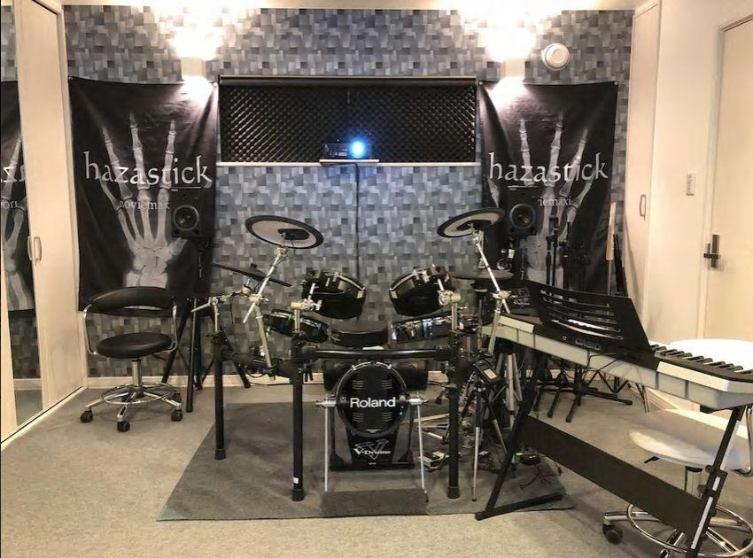 5.音楽スタジオ付き一軒家、ライブ参戦兼ねての音楽合宿に