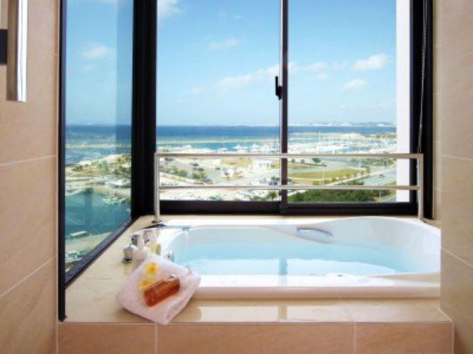 4.ムーンオーシャン宜野湾 ホテル&レジデンス(沖縄本島)