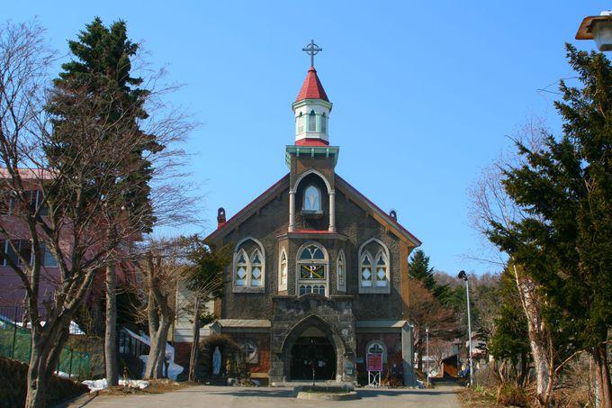 レトロな建築美「カトリック小樽教会 富岡聖堂」