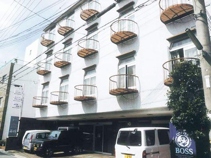 9.レディースホテル西陣