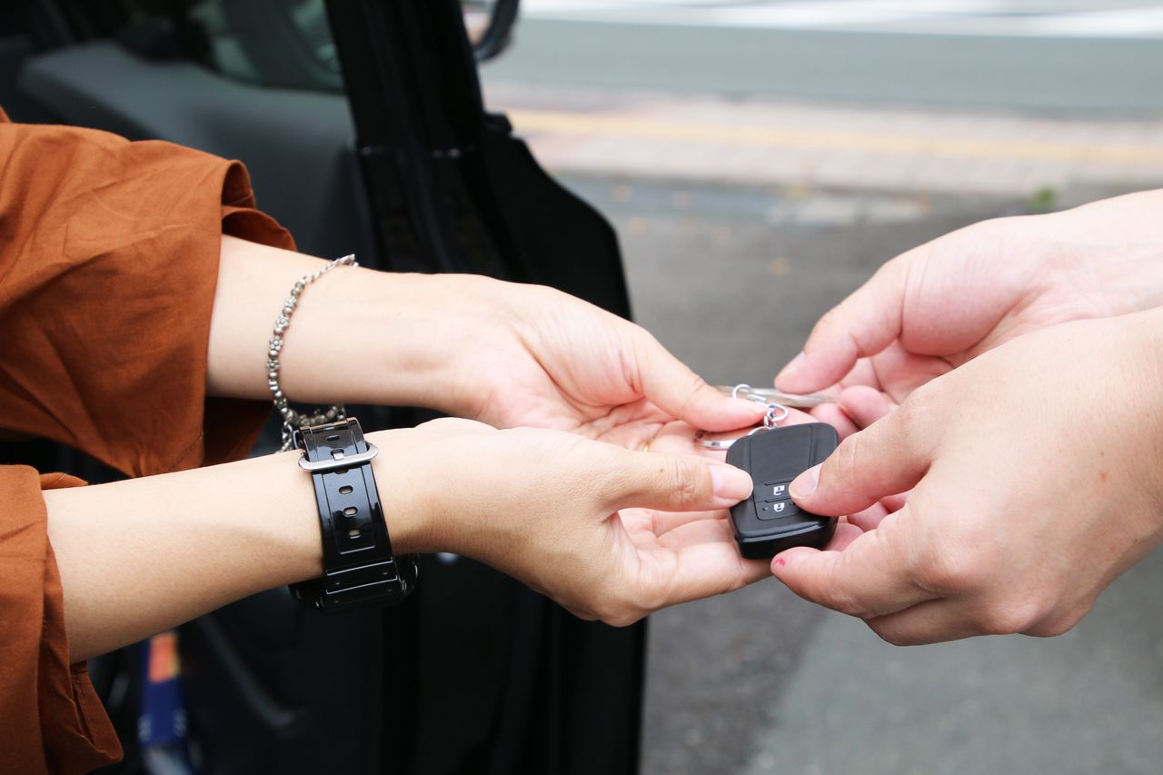 1日目9:00:浜松駅でレンタカーを借りよう
