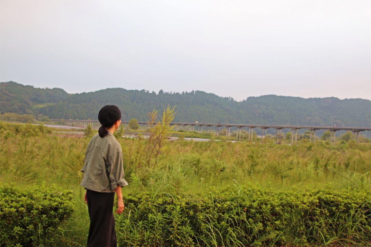 2日目16:40頃:世界一長い木造の蓬莱橋で夕日を眺めよう