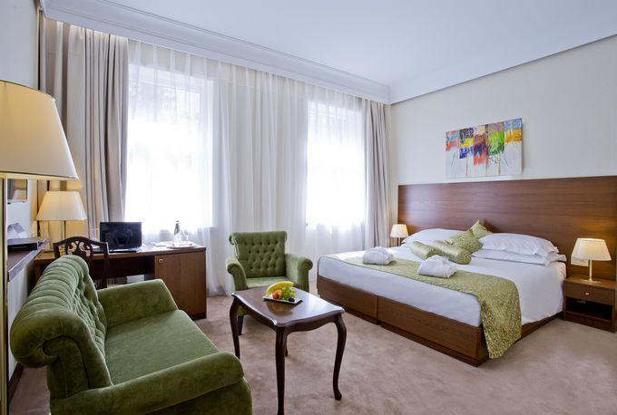 4.パレス ホテル ザグレブ