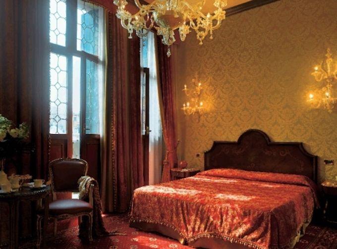 10.ホテル ベリーニ ベネチア