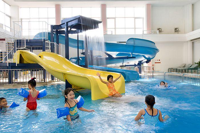 充実したプールで大人も子供も楽しめる「ルネッサンス リゾート オキナワ」