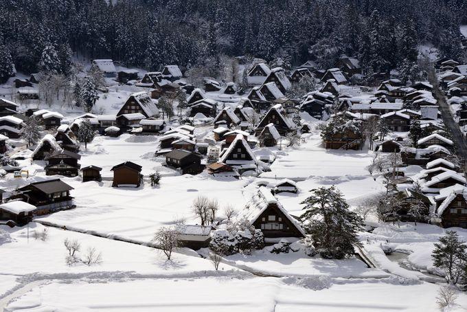 1.雪化粧の世界遺産・白川郷に感動