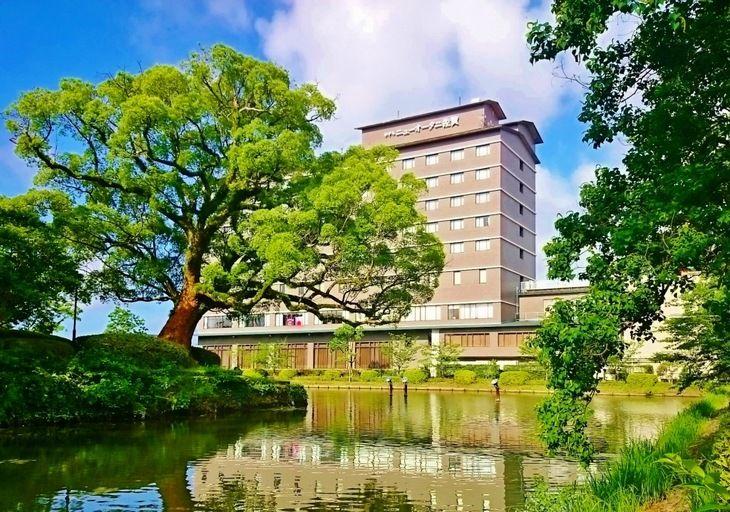 7.ホテルニューオータニ佐賀