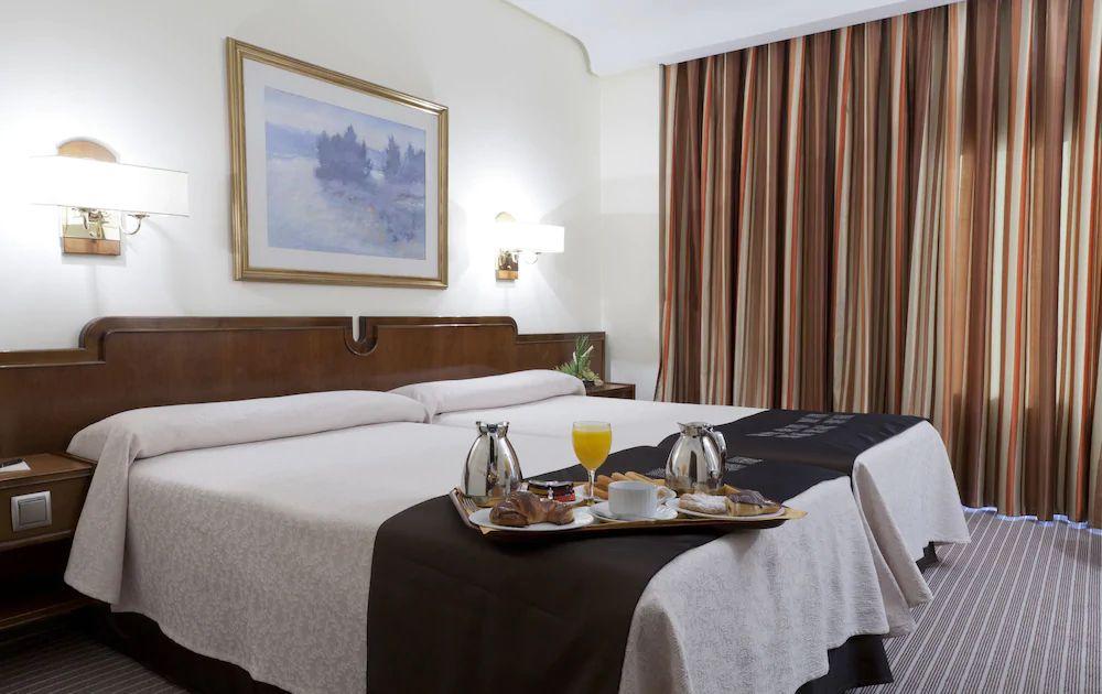 3.ホテル リアベニ