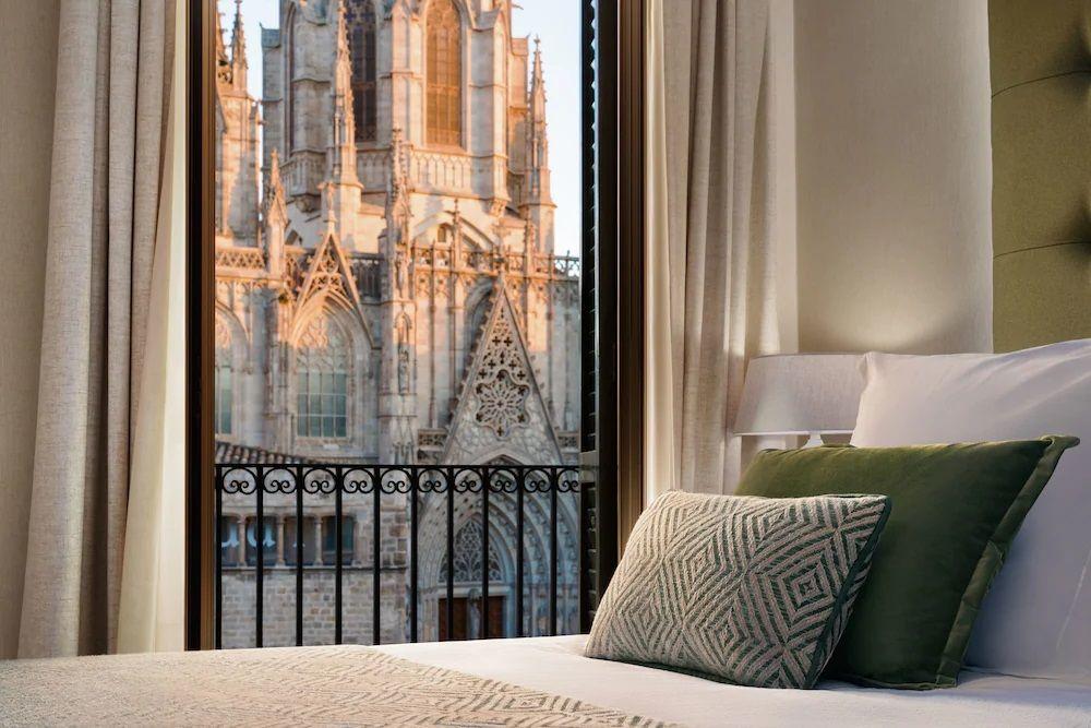 6.ホテル コロン バルセロナ