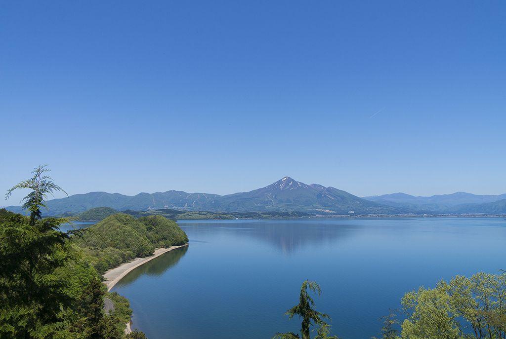 野口英世も眺めた「猪苗代湖」をぐるりと観光