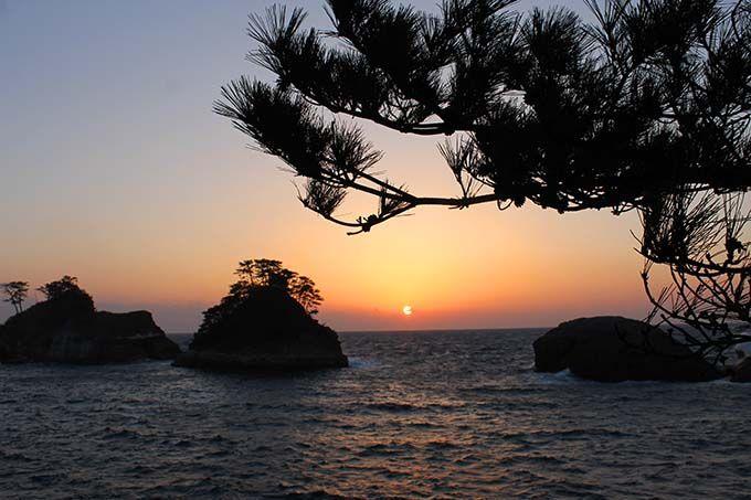 1日目午後:堂ヶ島で「夕陽百選」に選ばれた夕日を
