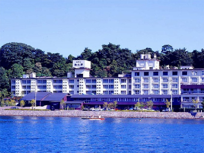 8.ホテル鞠水亭(キクスイテイ)
