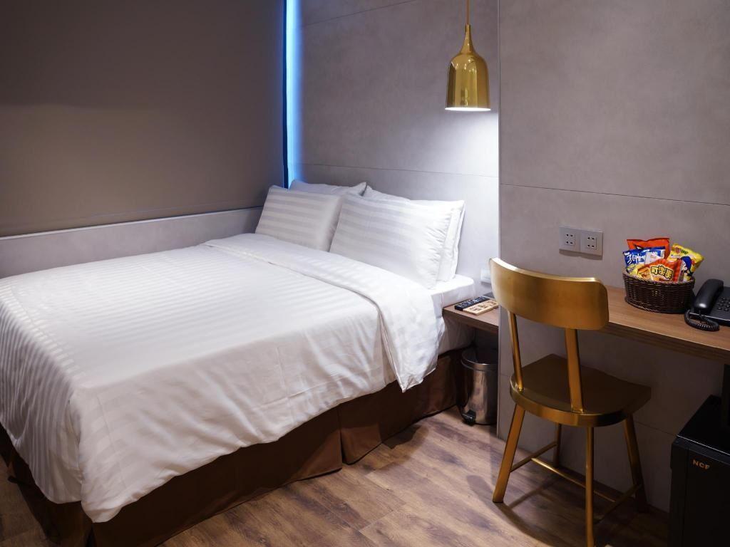 10.ホテル リラックス V