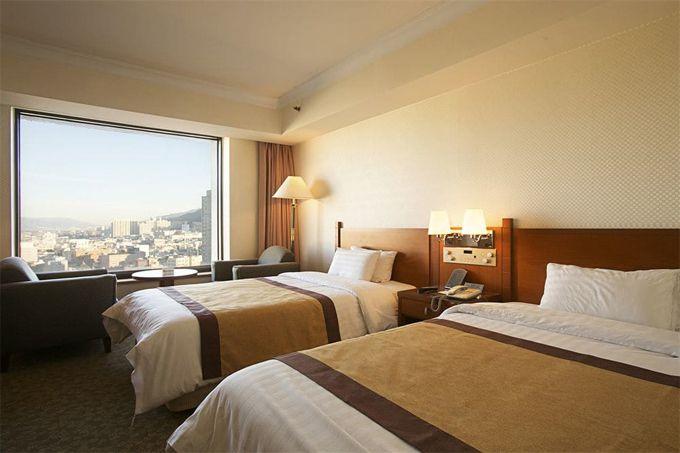1.ホテル パラゴン